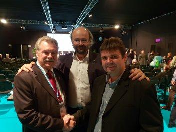 (b-j) Farkas Bertalan, űrhajós - Szepesi Balázs helyettes államtitkár - Kónya János ügyvezető igazgató